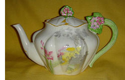 floral handled teapot