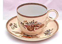 Mammouth cup and saucer in Seasons pattern