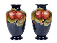 A pair of Shelley Pomegranate pattern vases c.1928