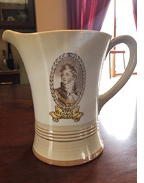Shelley musical whicky jug advertising King George IV whisky