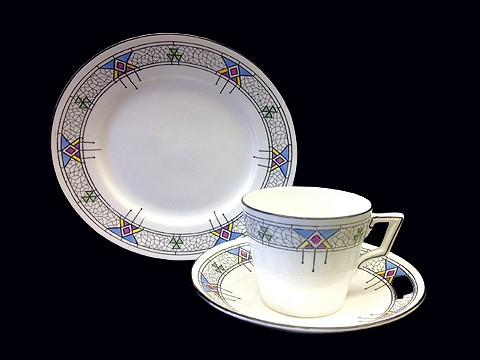 Victoria blue graphic cup & saucer